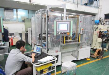 安嘉自动焊接工作站组装调试
