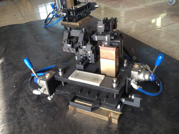 安嘉中频逆变式凸焊机奇昊汽车系统现场案例